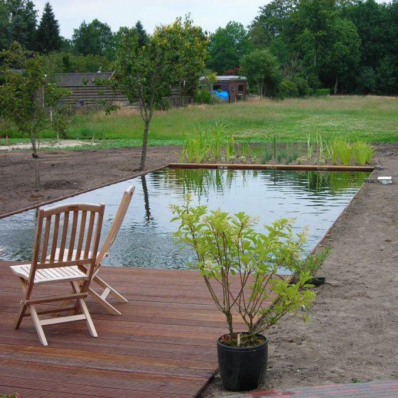 complete aanleg nieuwe natuurlijke zwemvijver Eelde